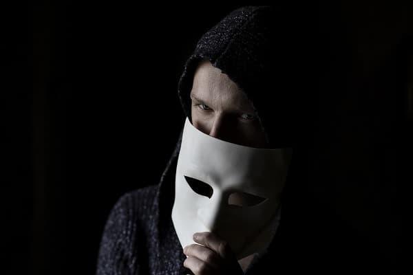 Libya being targeted by hackers on Facebook